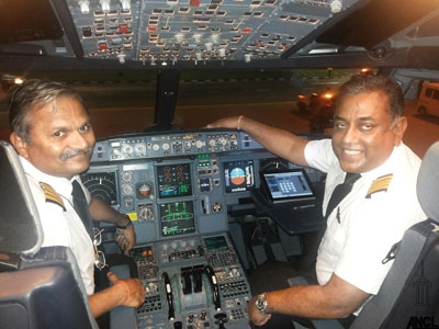 Capt Gajendra Wagh (left hand seat) Capt. Themiya Abeywickrama Manager Training and Standards (right hand seat)